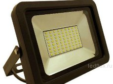 FL-LED Light-PAD   20W 6400К  1700Лм   20Вт  AC195-240В 140x125x25мм   390г - Прожектор